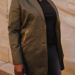 veste longue unie customisée