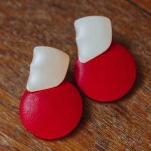 boucles d'oreilles rouges en bois